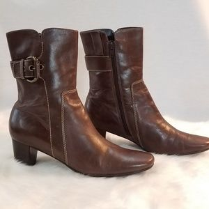 Ecco Leather Ankle Zip Boots